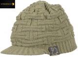 STRATEGY Zimnípletená čepice s kšiltem Beanie Knit Cap With Blim